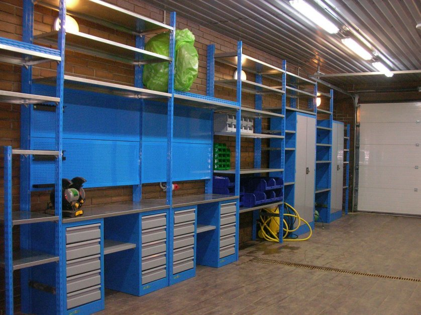 Картинка гаража